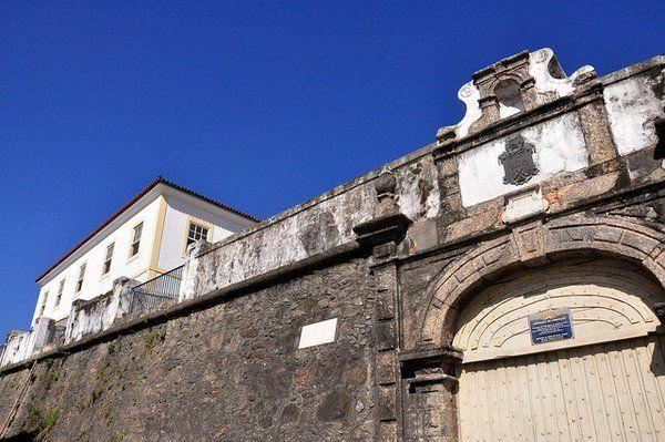 Puerta principal de la Fortaleza da Conceiçao Rio de Janeiro