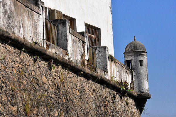 Detalle de la muralla de la Fortaleza da Conceiçao Rio de Janeiro