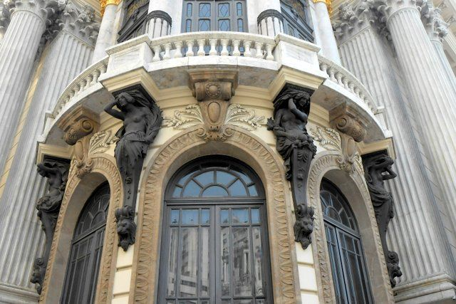 Cariátides en estilo Art Decó Teatro Municipal Rio de Janeiro