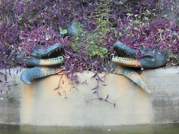 Detalle de los caimanes del Chafariz dos Jacares Passeio Publico Rio de Janeiro