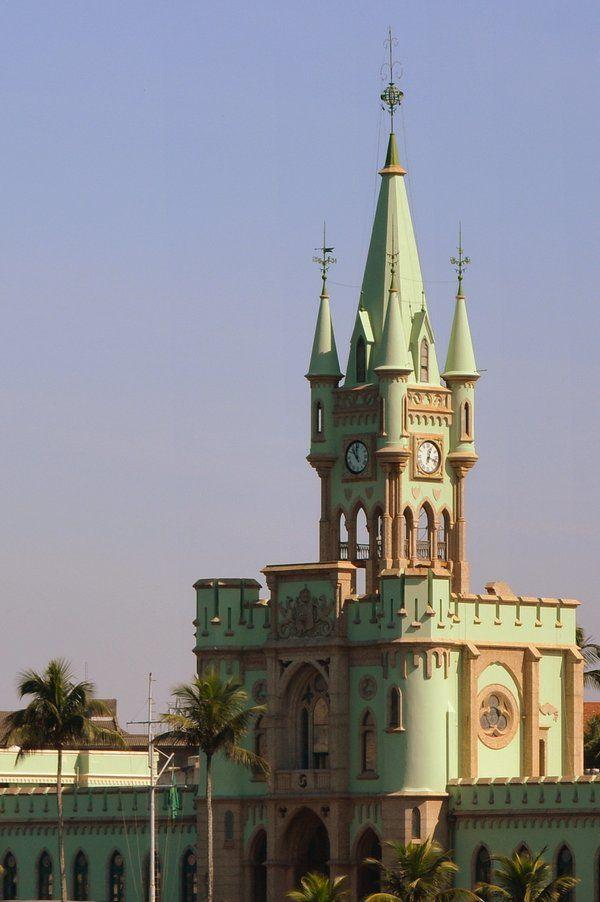 Detalle del torreón Palacio de Isla Fiscal Ilha Fiscal Rio de Janeiro
