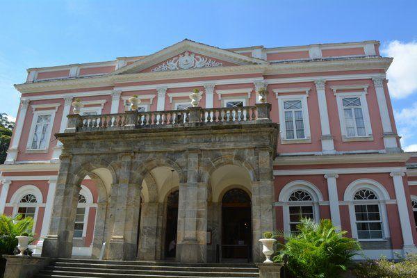 Entrada princialpal al Museo Imperial de Petropolis Rio de Janeiro