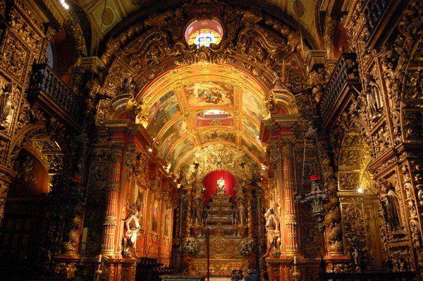 Nave central del Monasterio de Sao Bento Rio de Janeiro