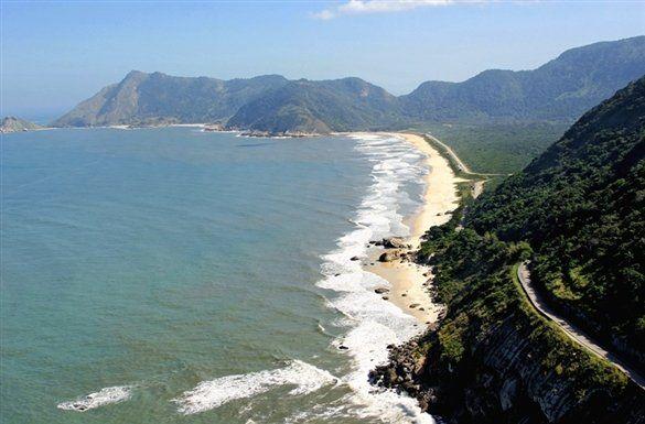 Vista del litoral del Parque Natural Municipal de Grumari Rio de Janeiro