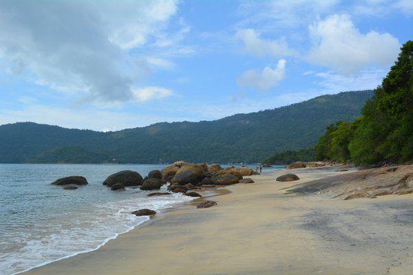 Las arenas negras que dan nombre a Playa Preta Ilha Grande Isla Grande Rio de Janeiro