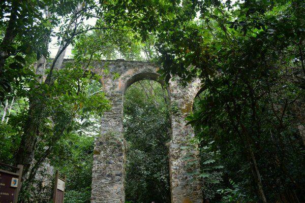 Restos del antiguo acueducto Ilha Grande Isla Grande Rio de Janeiro