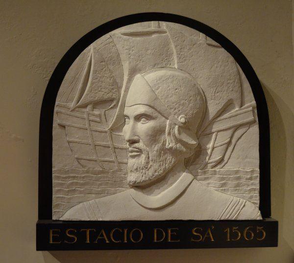 Altorrelieve de Estacio de Sá Historia de Rio de Janeiro