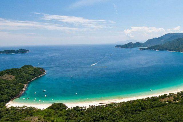 las playas más bonitas de Isla Grande playa lopes mendes