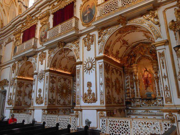 Detalle de las capillas y balcones iglesia nossa senhora do carmo rio de janeiro