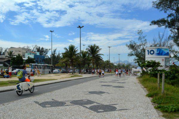 Mosaico de peces característico de playa Recreio dos Bandeirantes Rio de Janeiro