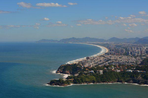 Vista aérea de la playa Barra de Tijuca Rio de Janeiro