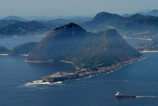 Vista aérea de la Fortaleza de Santa Cruz Niteroi Rio de Janeiro