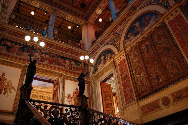 Escalera principal del Palacio Catete Rio de Janeiro Museo de la Republica
