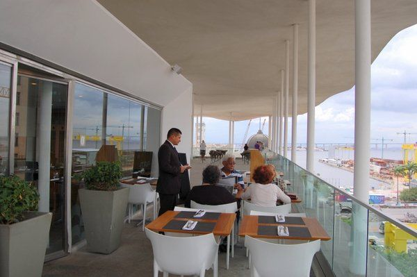 terraza restaurante Mauá Museo de arte de Rio MAR Rio de Janeiro