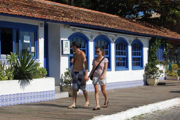 Buzios conserva las antiguas casas de pescadores hoy convertidas en hoteles y restaurantes Rio de Janeiro