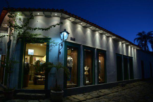 Muchas de las antiguas casas se han transformado en tiendas, restaurantes y hoteles boutique Paraty Rio de Janeiro