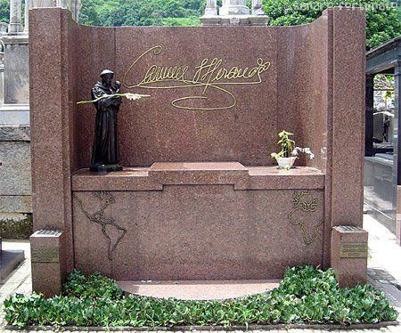 tumba carmen miranda cementerio San Juan Bautista sitios turisticos de rio de Janeiro