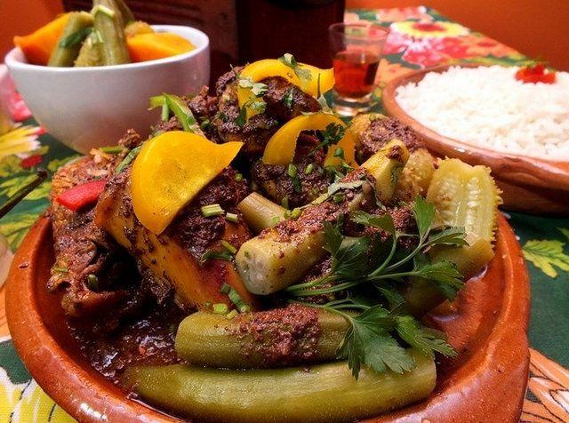Plato típico de la cocina nordestina Feria de Sao Cristovao