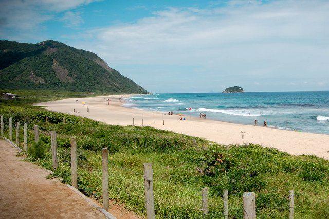 playa de grumari playas desiertas en río de janeiro