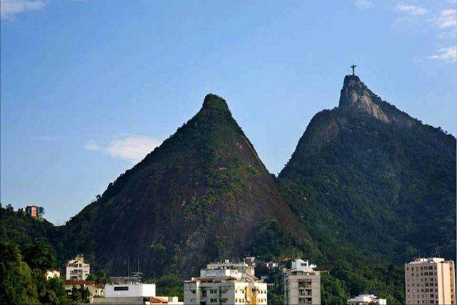 vista del cristo del corcovado desde el barrio de Laranjeiras rio de janeiro